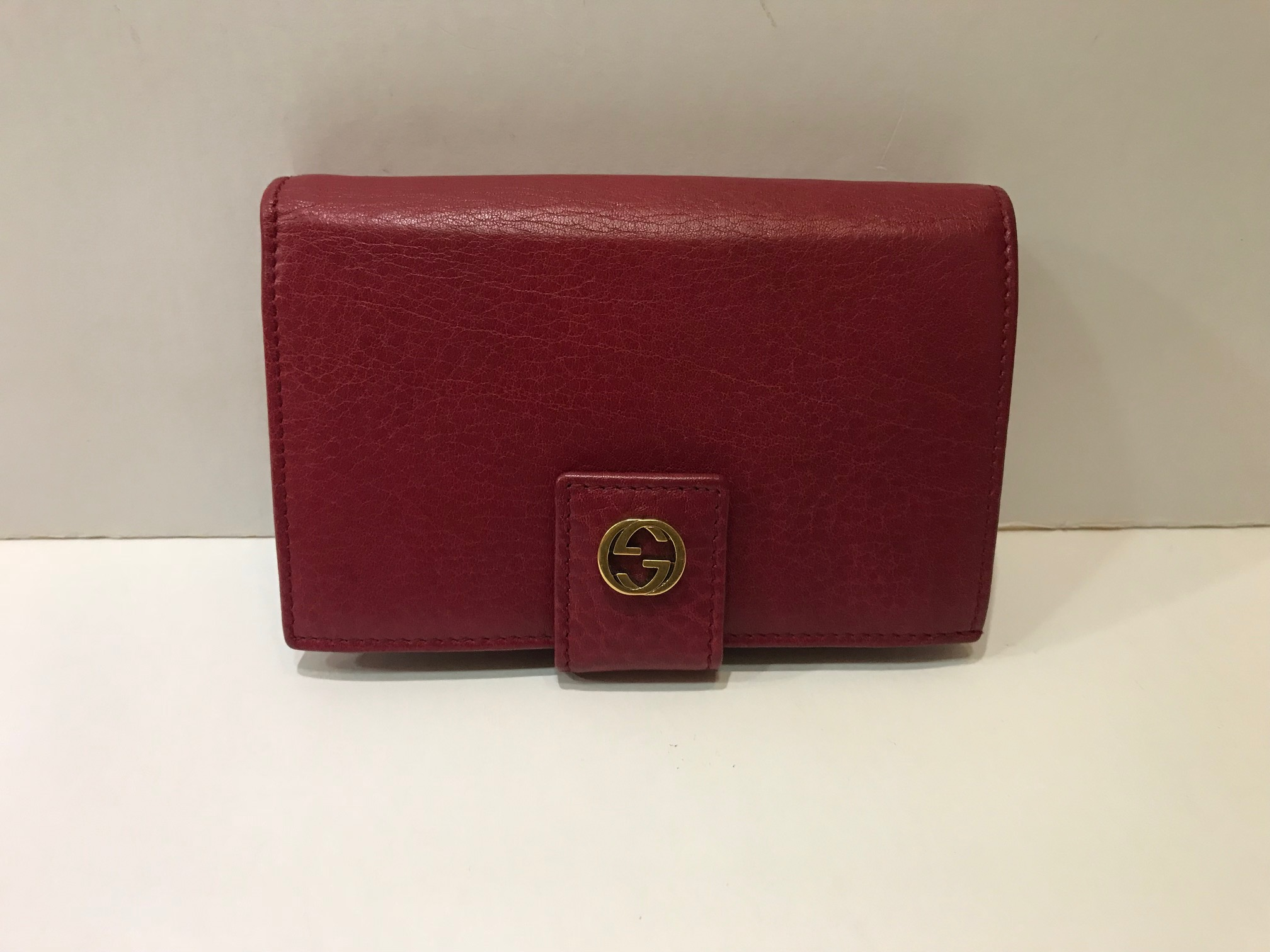 3276e19d45d7 GUCCI LEATHER FRENCH FLAP WALLET Item No:0318/001